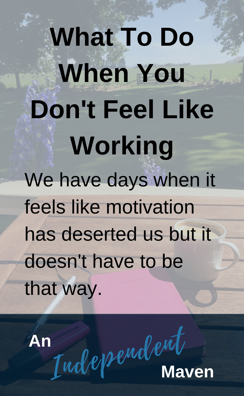 We all have days where it feels like motivation has deserted us. The last place we want to is at work. And yet we feel pressure to effective every single day. Here is my super simple approach from shifting into the energy of being effective.